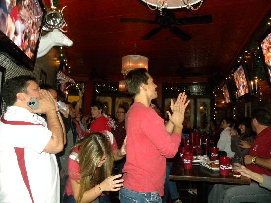 Houndstooth Saloon: Alabama scores again