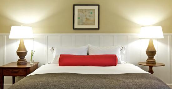 The Westport Inn: Renovated Guestrooms!