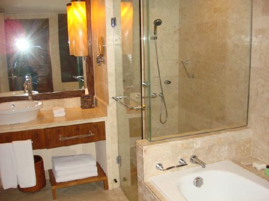 Grand Hyatt Bali: Bathroom