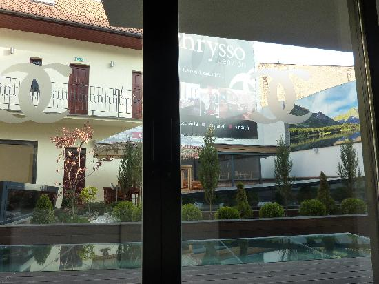Boutique Hotel Chrysso: courtyard