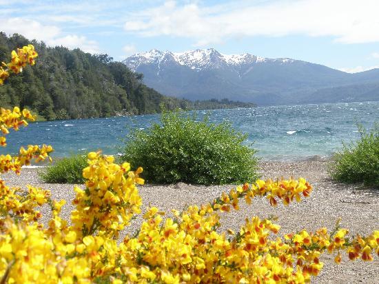 Hosteria Futalaufquen: Lago Futalaufquen