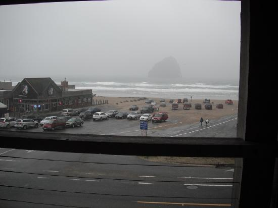 Inn At Cape Kiwanda: View from covered deck #1
