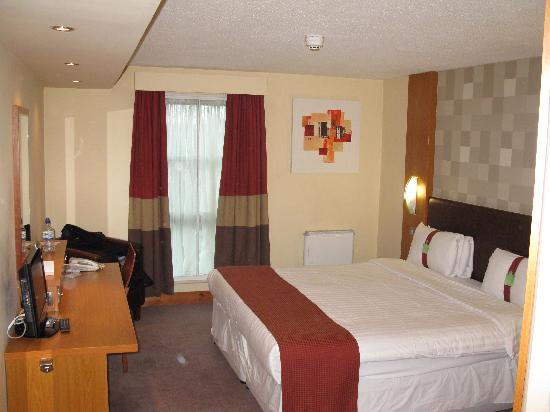 Holiday Inn Manchester Central Park: Zimmeransicht.