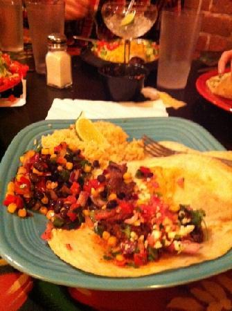 Rio Grande Mexican Restaurant: steak tacos