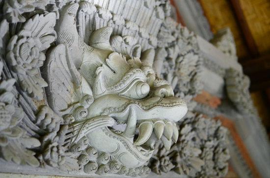 Peliatan, Indonesien: authentic old Bali era three dimensional sculpture