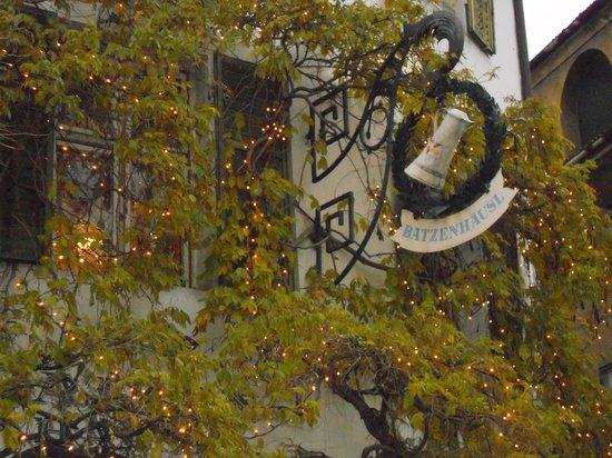Batzen Brau : CA' de BEZZI - particolare facciata