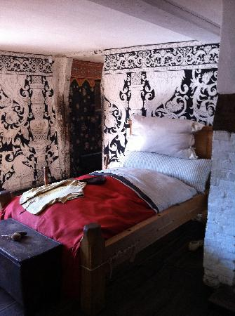 Shakespeare's Birthplace: 'Bedtime' stories from volunteers