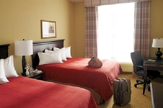 Country Inn & Suites by Radisson, Frackville (Pottsville), PA: Standard 2 Queen Guest Room