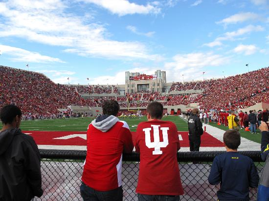 Bloomington, Индиана: IU Memorial's Stadium on game day
