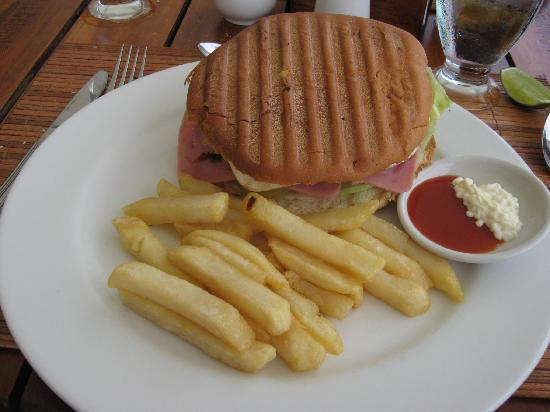Decameron Los Delfines: hamburger and fries