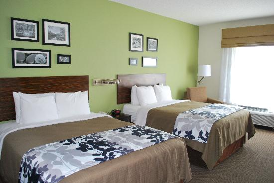 Sleep Inn & Suites: Our modern Double Queen Suite