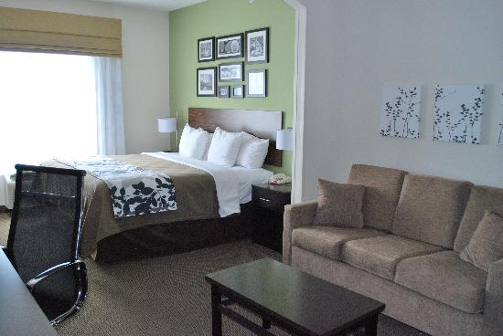 Sleep Inn & Suites: Our spacious King Suite