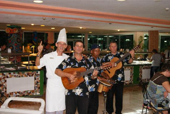 Hotel Palma Real: Entertainment, during dinner.