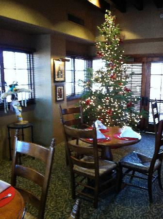 Hotel Santa Fe, The Hacienda and Spa: Christmas in Hacienda lounge