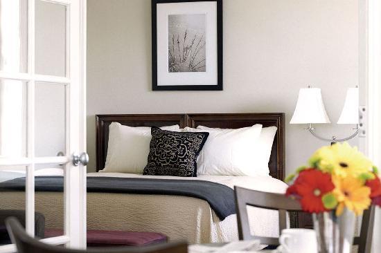 Eldridge Hotel: Eldridge Guest Room