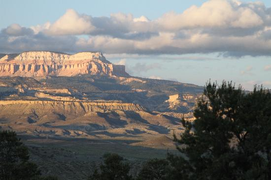 Stone Canyon Inn : view from deck