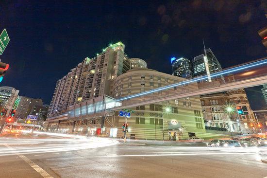 Seasons Darling Harbour: HOTEL