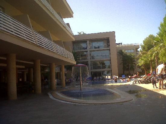 Cala Vinyes, Spanien: piscina de abajo