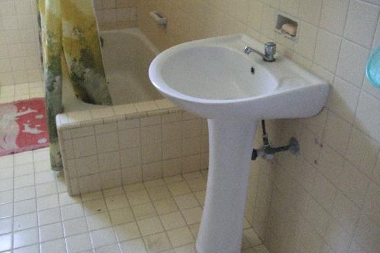 Casa Teresita : Wash hand basin in bathroom