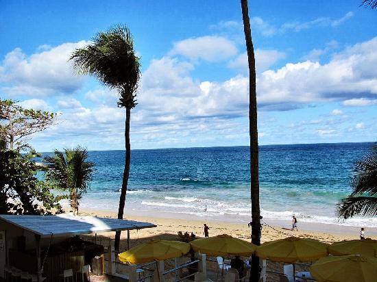Atlantic Beach Hotel: Nice view, not a nice hotel