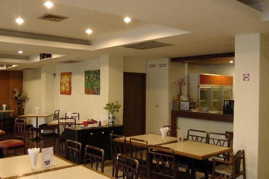 JL Bangkok: Dining room