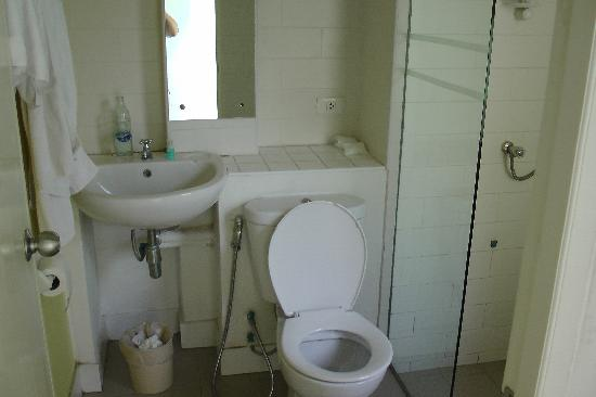 JL Bangkok: Bathroom