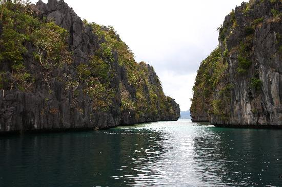 ‪‪El Nido Resorts Lagen Island‬: Opening leading to the big lagoon‬