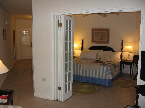 Couples Sans Souci: nice room