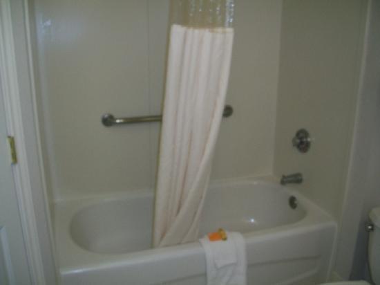 La Quinta Inn & Suites Albuquerque West: Shower
