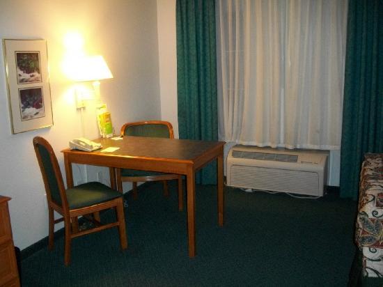 La Quinta Inn & Suites Albuquerque West: Office Area