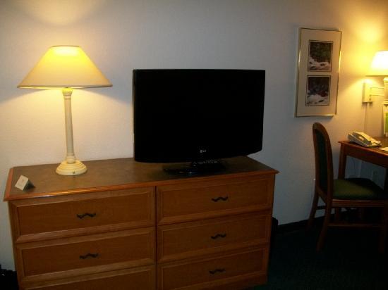 La Quinta Inn & Suites Albuquerque West: TV