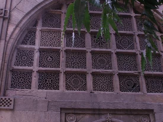 Sidi Saiyed's Mosque: Stone window Screen - Jali