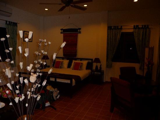 Mai Siam Resort: Notre chambre (et nos affaires !!)