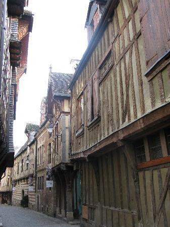 La Fille du Potager : Vieilles maisons à Troyes-panoramio