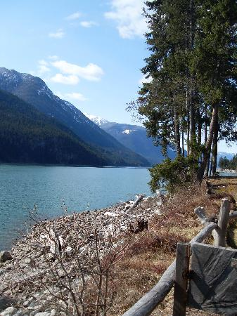 Lillooet Lake Lodge: View from the cabin