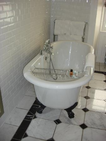 Carnbooth House Hotel: Bathroom