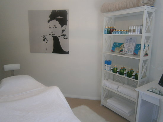 Mysoul Skin Wellness: Retail products available so you can get great results at home too