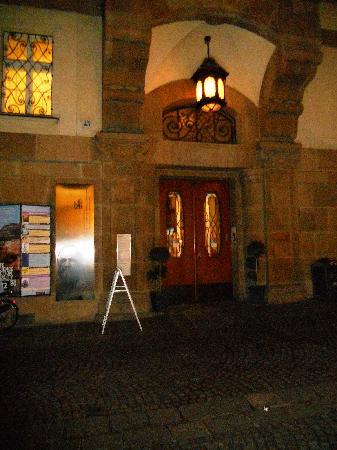 Südtiroler Archäologiemuseum : BOLZANO-Museo Archeologico-entrata