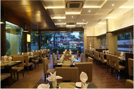 Le Grande Residency: Spice Zone Restaurant