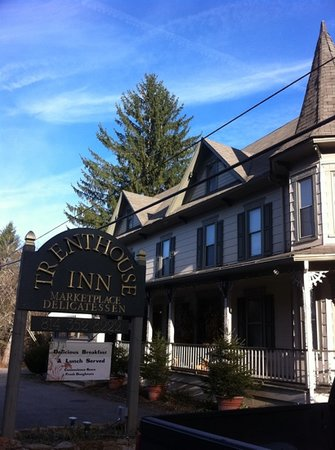 Trenthouse Inn Bed and Breakfast: the inn