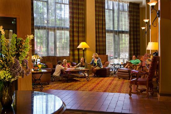 Glenwood Hot Springs Lodge: Lobby