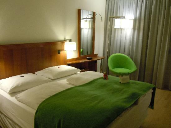 NH Hamburg Altona: New room double
