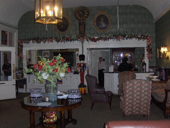 The Meeting Street Inn: Lobby