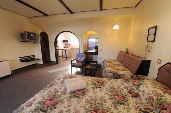 Econo Lodge Alcala: Comfort Inn Alcala