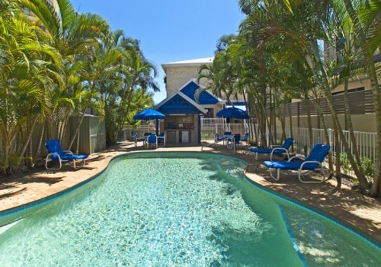 Budds Beach Apartments