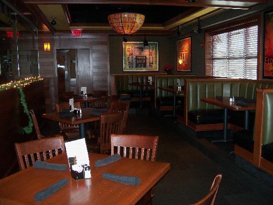 Front Royal, VA: Houlihan's Restaurant