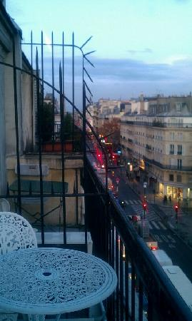 Hotel Paris Rivoli : Early morning