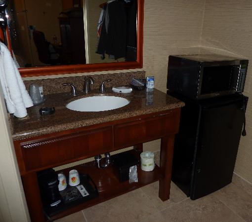 Motel 6 La Mesa CA: Fridge,microwave...