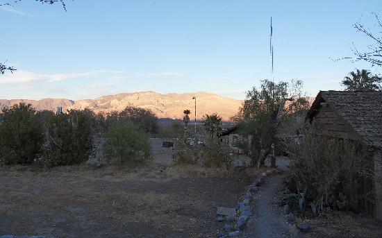 Panamint Springs Resort Restaurant : The food now stinks, but the view never grows old!