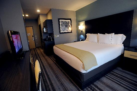 Holiday Inn Express & Suites Amarillo West: The Famous King Executive